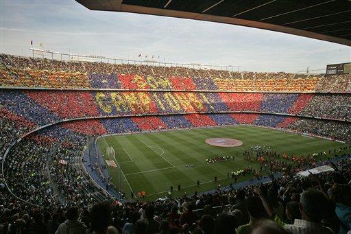 Socios del Barcelona decidirán si quieren nuevo Camp Nou