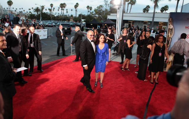 Gloria y Emilio Estefan son reconocidos en Miami
