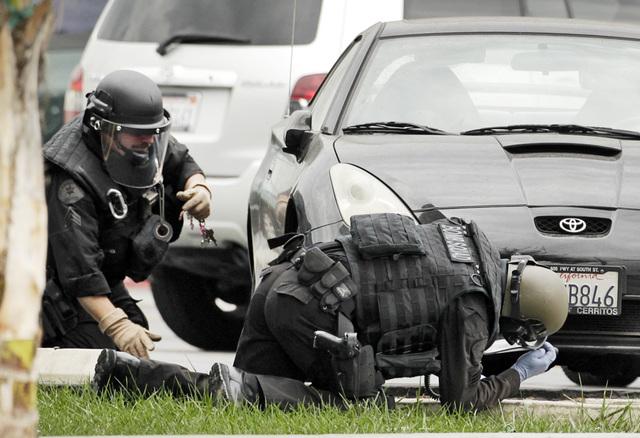 Usan explosivos en audaz robo bancario