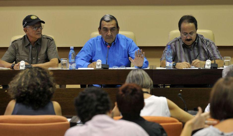 Demandan a FARC información sobre cautivos