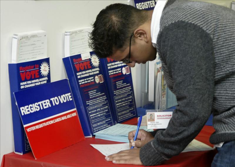 NCLR registra a 65,000 latinos para votar en 2012