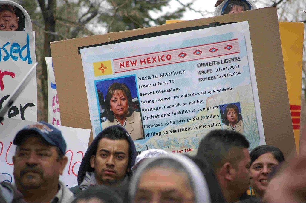 Miles de jóvenes latinos se quedarían sin votar