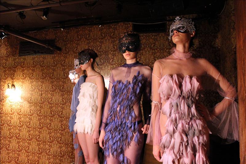 'Fashionistas' esperan la Semana de la Moda de Londres