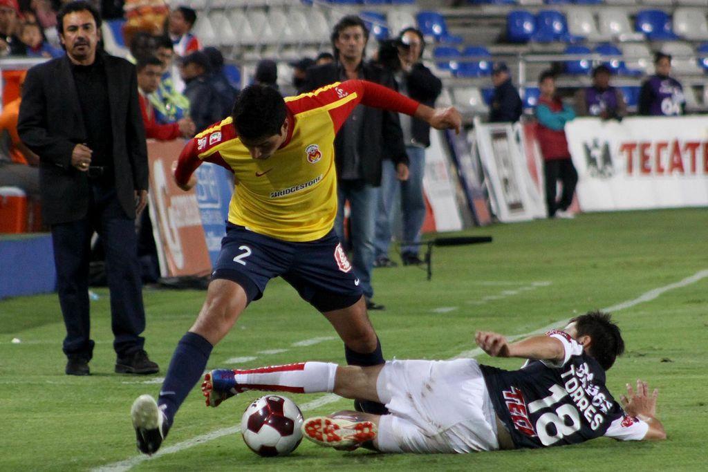 Pachuca 3-2 Morelia; Hugo Sánchez sonríe
