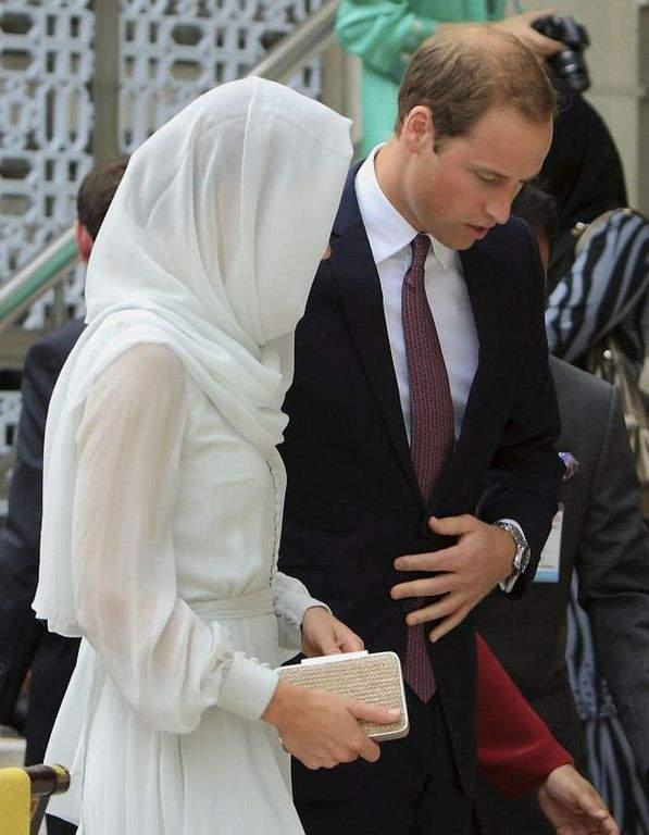 "Futuros reyes de Inglaterra demandan por fotos ""topless"""
