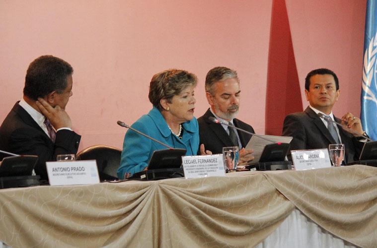 Empresas españolas miran hacia  América Latina para escapar de crisis (Fotos)