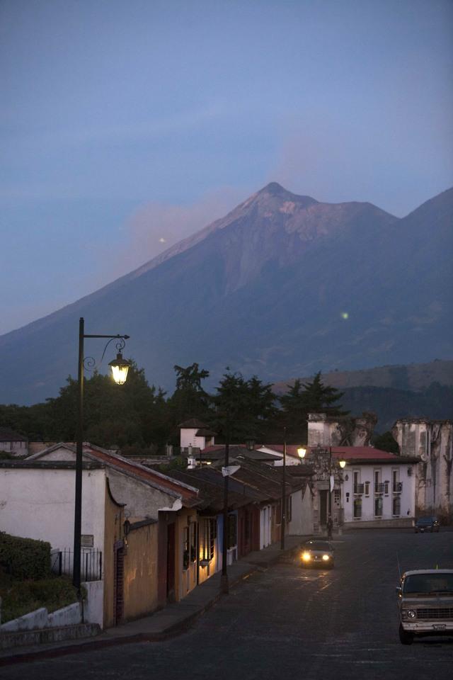 Baja actividad de volcán en  Guatemala