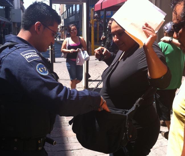 Destituirán a 65 mil policías no aptos