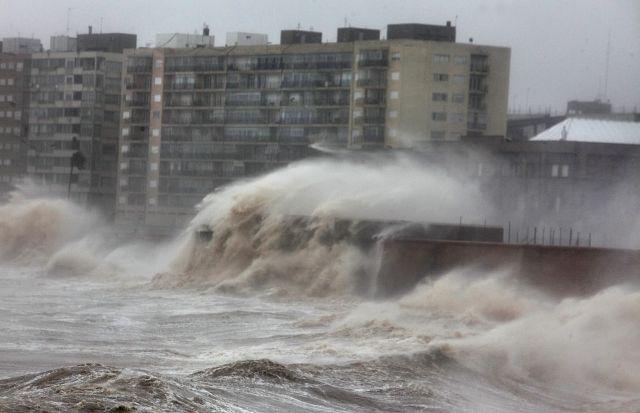 Tormenta deja muerte y destrucción en Uruguay, Argentina y Paraguay (fotos)
