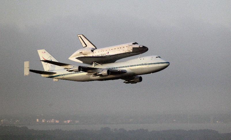 Transbordador Endeavour emprende su último viaje (Fotos)