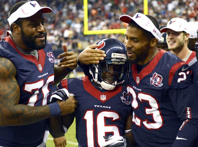 Los invictos Houston Texans visitan a Manning y sus Broncos