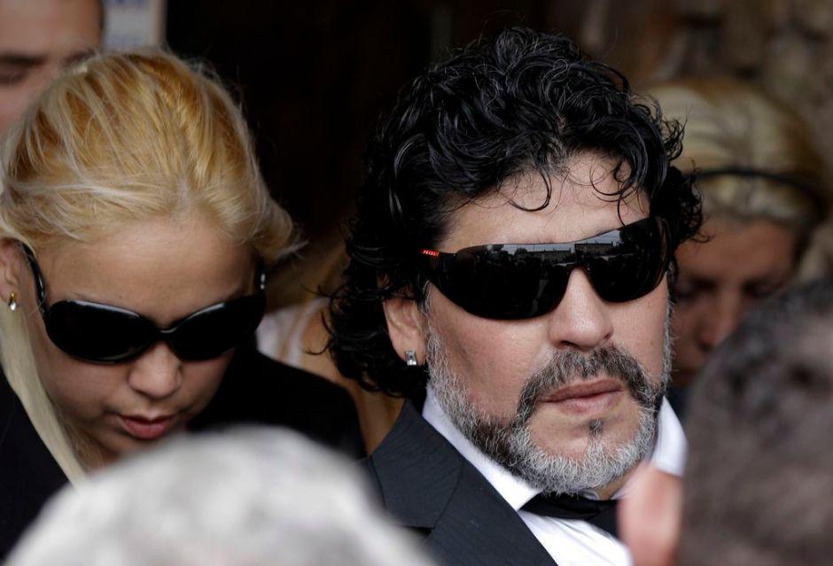 Maradona y su novia esperan nuevo hijo (fotos)