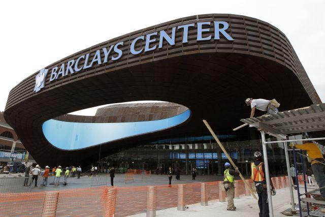 Con olor a nuevo abre el estadio de los Nets en Brooklyn (video)