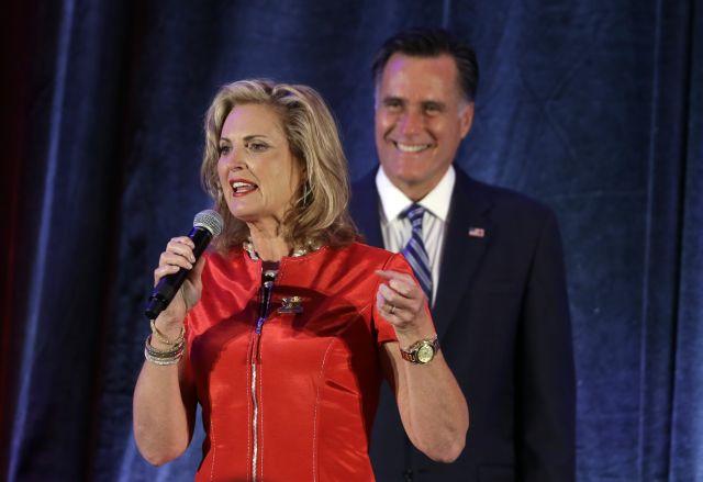 Avión de Ann Romney aterriza de emergencia