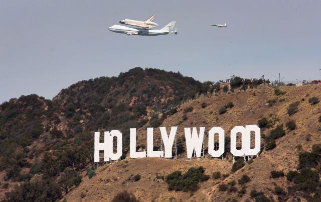Los Ángeles espera la llegada de Endeavour (fotos)