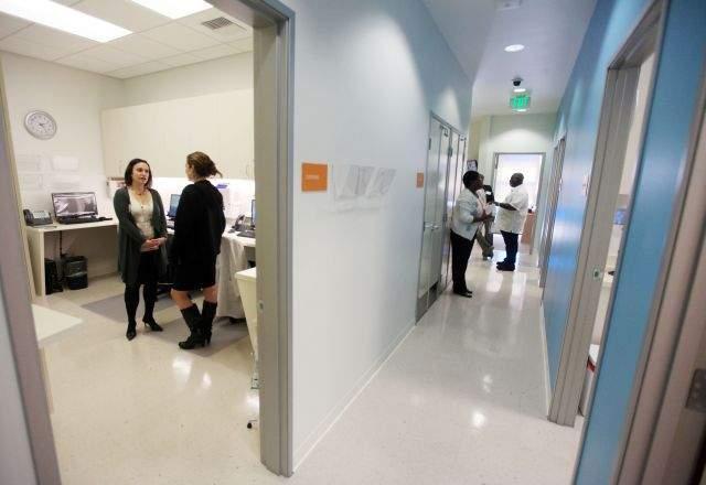 Enfermeras podrán recetar píldoras de control de natalidad en California