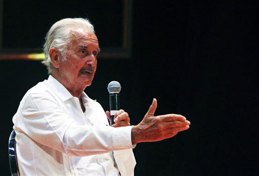 Carlos Fuentes recibirá homenaje en Suiza (Fotos)