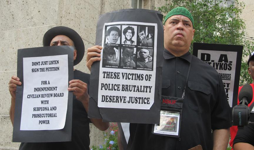 Activistas estallan contra brutalidad de agentes de la Policía de Houston