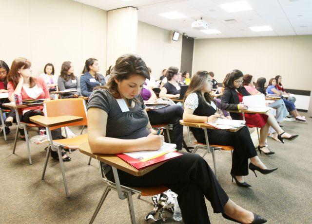 Latinos son mayoría entre los estudiantes de minorías en USC