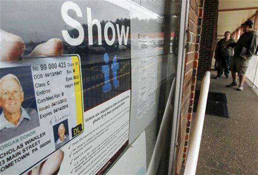 Bloquean ley Pensilvania que exige ID al votante