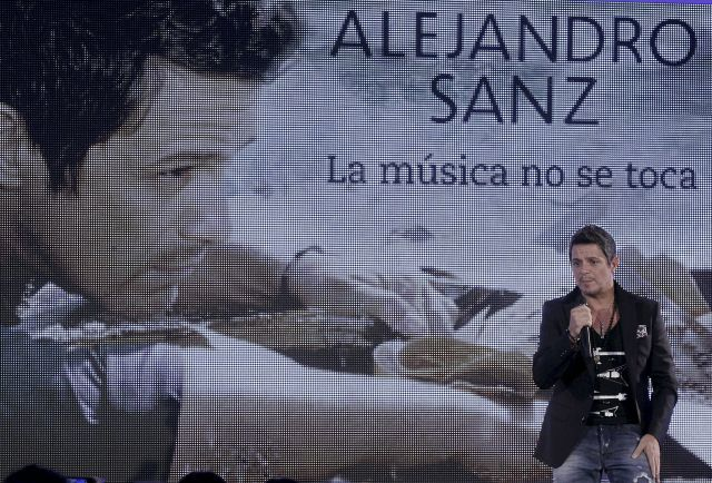 """Sanz está en primer lugar y eso que… """"la música no se toca"""" (Fotos y video)"""