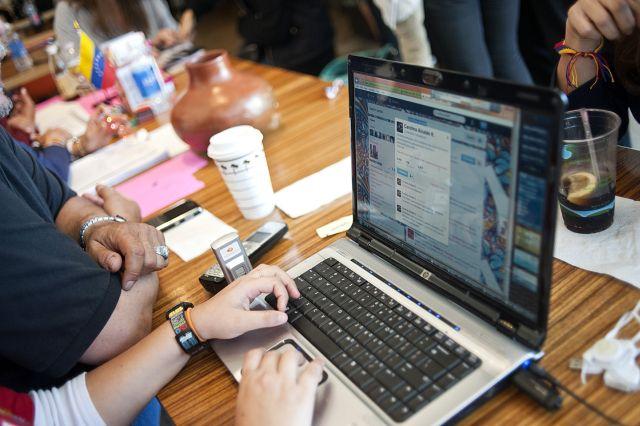 Redes sociales juzgan el debate presidencial [Fotos]