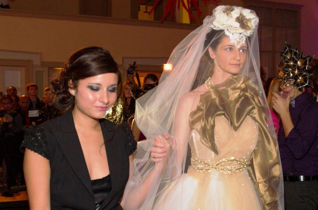 Pasión y arte en el Latino Fashion Week
