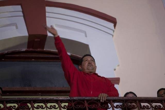 Por más de un millón de votos gana Chávez en Venezuela