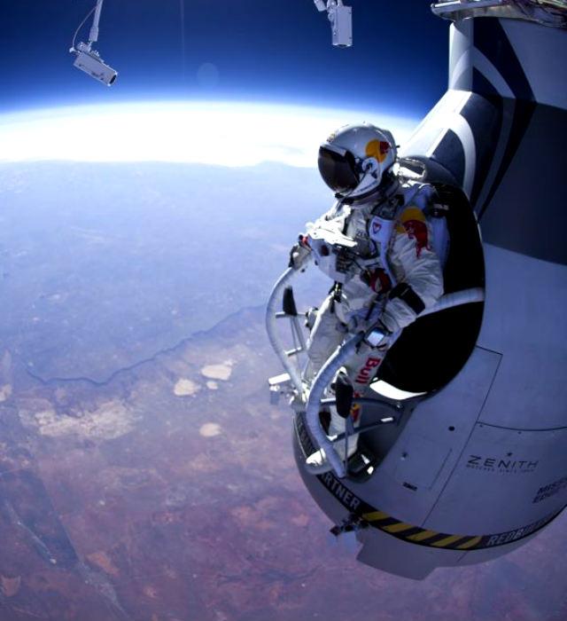 Paracaidista buscará romper la barrera del sonido (Fotos)