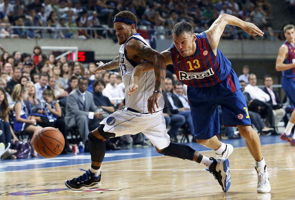 Barcelona sorprende a Mavericks de la NBA (Fotos)