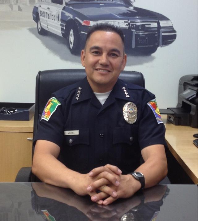 Jefe de  policía para Bell Bell tiene nuevo jefe de  Policía