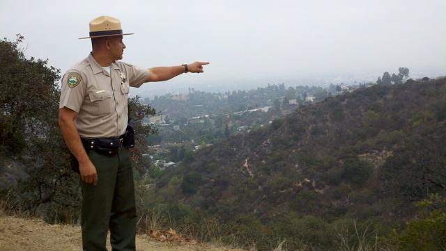 La administración pretende que guardabosques trabajen en la frontera.