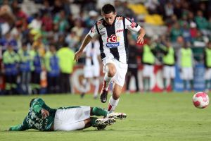 Pachuca enfrenta juego crucial contra Pumas