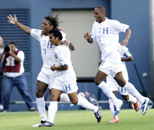 Honduras y Panamá se juegan todo en la eliminatoria