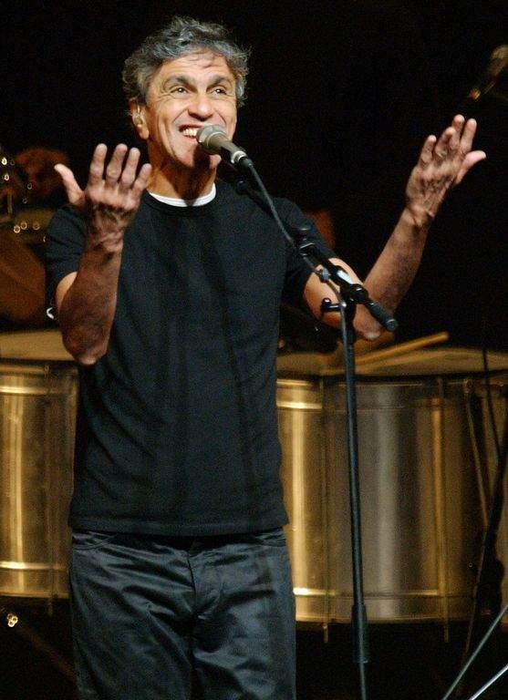 Bunbury y Juanes rendirán homenaje a Caetano Veloso (Fotos y video)