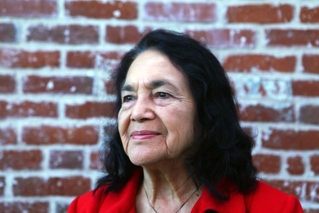 Dedican   calle a  Dolores HuertaLa ciudad texana de Weslaco dedica una calle a
