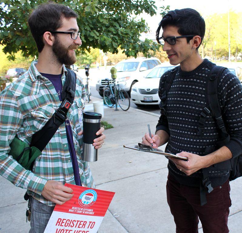 Illinois: Empieza segunda etapa para sacar el voto joven