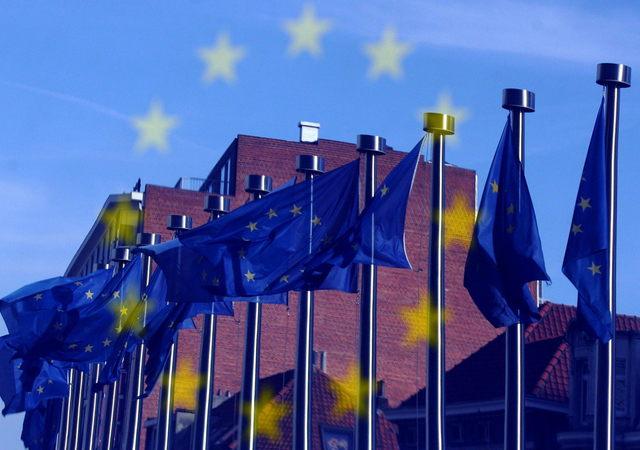 Unión Europea impone tercera multa millonaria a Google por abuso de posición de dominio