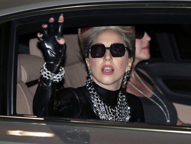 5 musculosos autos americanos que Lady Gaga ama