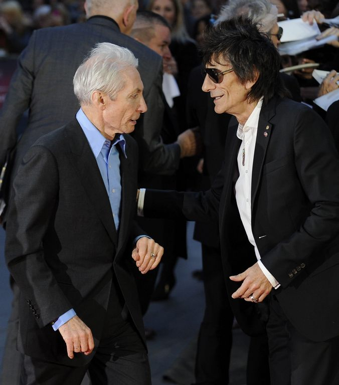 """Los Rolling Stones hoy en Londres en el estreno de su documental """"Crossfire Hurricane""""."""