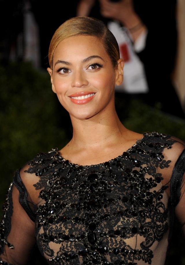 Beyonce podría cantar  en uno de los espectáculos del próximo Super Bowl.