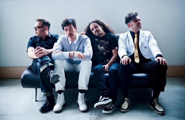 Han pasado más de 20 años desde que Albarrán y sus compañeros lanzaron el primer disco de Café Tacvba.