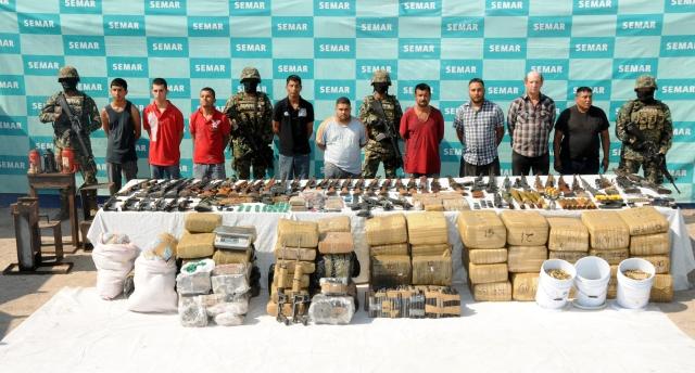 Detienen a 9 presuntos miembros de Los Zetas
