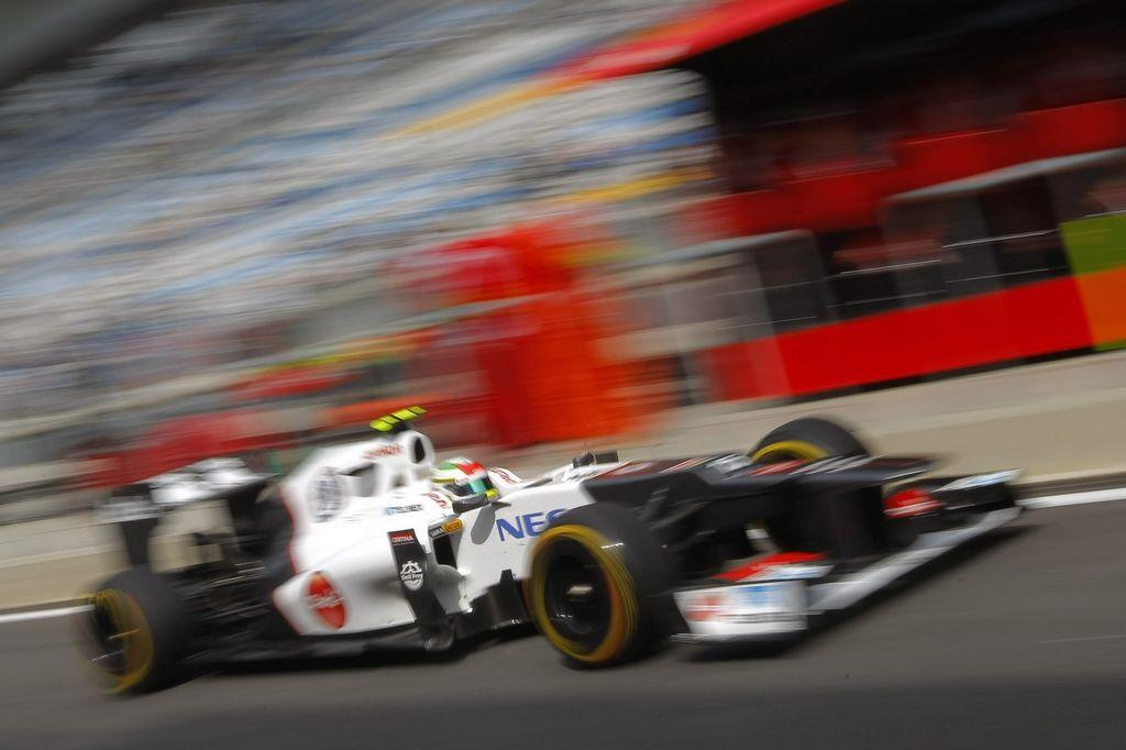 Esteban Gutiérrez, satisfecho con su primera experiencia en F1 (Video)