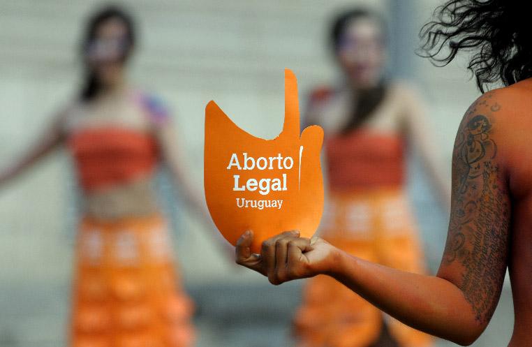 Organizaciones uruguayas denunciarán la ley de aborto