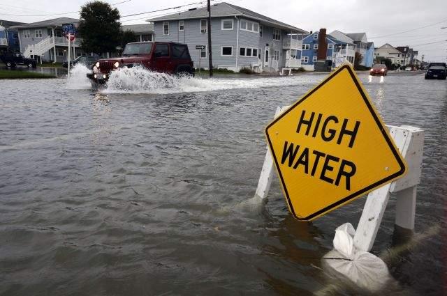 """Pronostican en NY inundaciones """"peligrosas"""" por Sandy"""