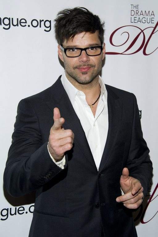 Ricky Martin anima a afectados por huracán Sandy (Fotos)