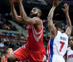 Estreno y victoria   para Rockets y Toros
