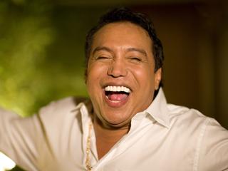 Operan a cantante Diomedes Díaz