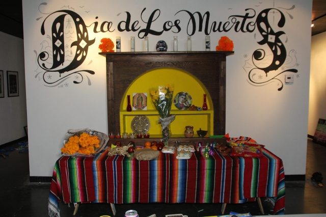 Galería de Los Ángeles celebra a los muertos